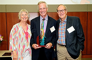 Tillman Farley, MD, (center) the son of Gene and Linda Farley, was the 2014 Eugene Farley Visiting Professor.